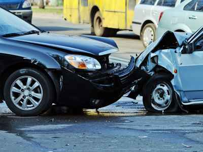 Head-on Car Crash Injury Lawyers
