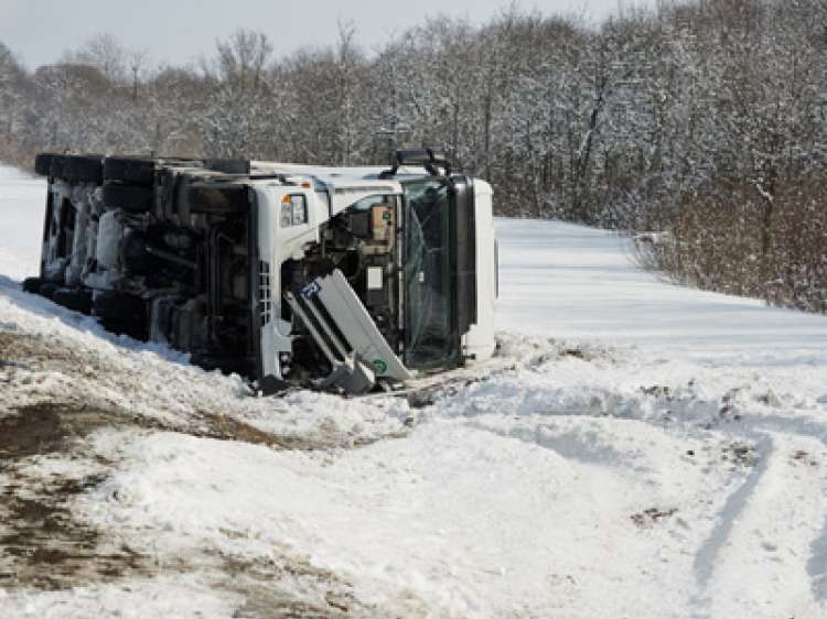 Commercial Truck Rollover Crash Lawyer